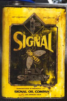 1 Gallon Oil Can - Signal Fly Spray